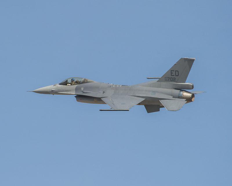 F-16-2.jpg