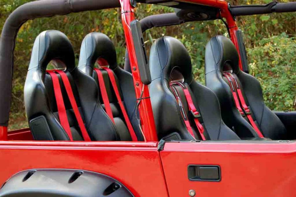 Jeep-Wrangler-Custom-10.jpg