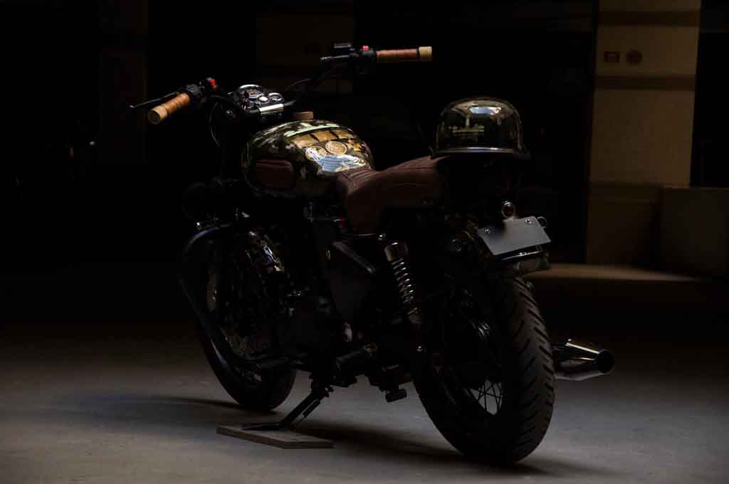 This Customised Royal Enfield Bullet Electra Pays Tribute -9895