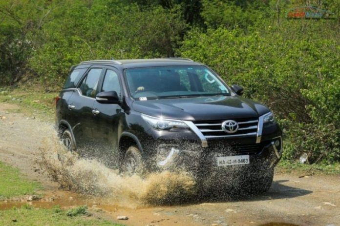 fortuner petrol at long Drive review-20