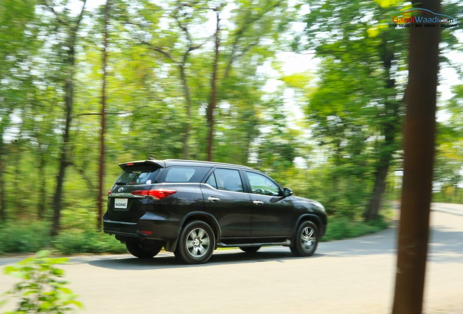 fortuner petrol at long Drive review-50
