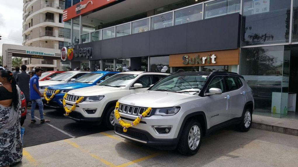 Jeep Compass Deliveries Begun In Celebratory Style 2