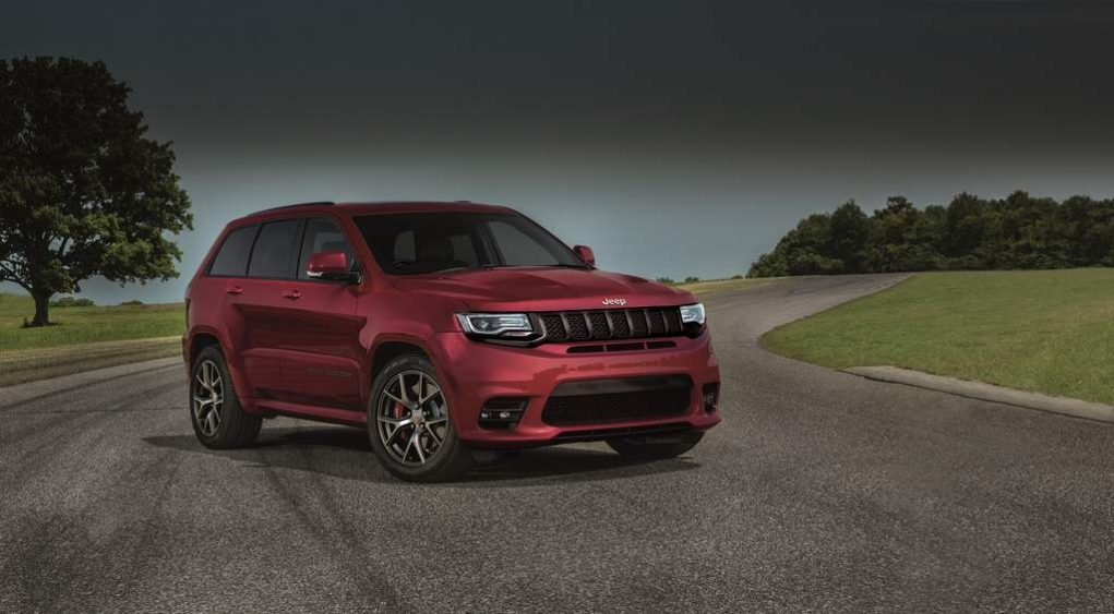 Jeep Grand Cherokee Summit Petrol Launched in India 1