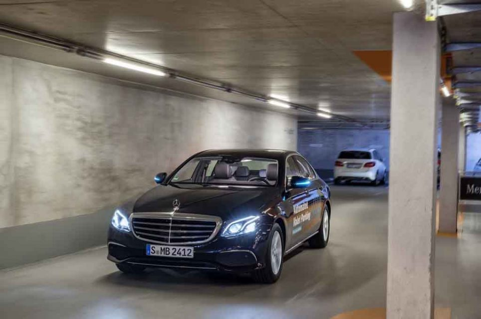 Mercedes-Autonomous-Valet-Parking-5.jpg