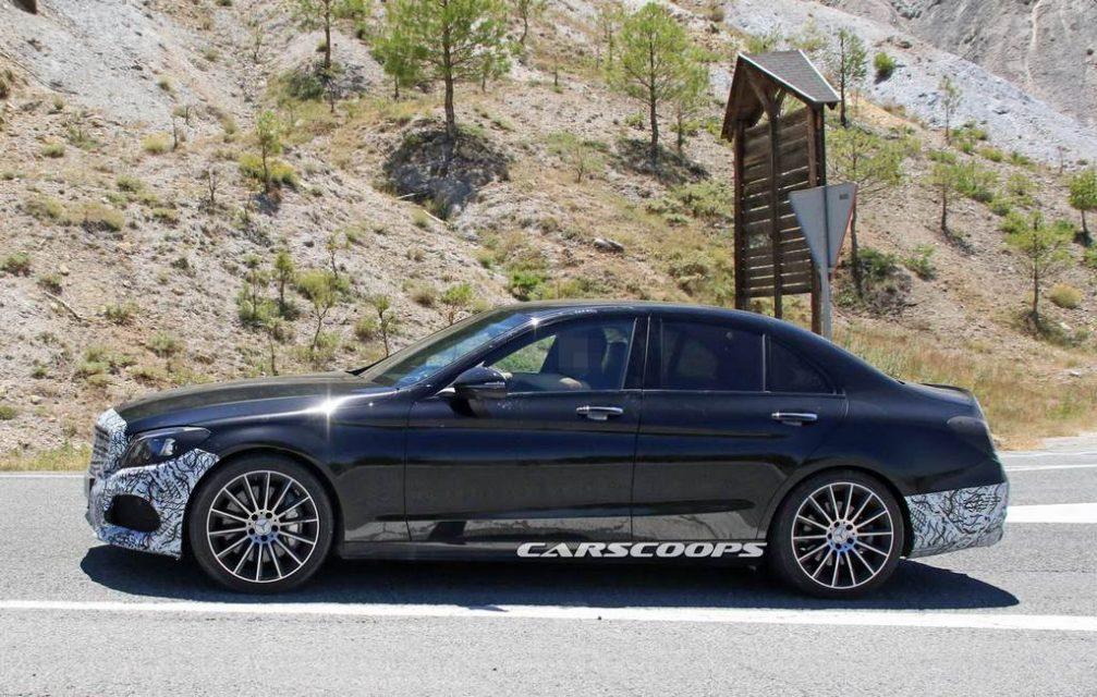 Mercedes-Benz C-Class Facelift Side