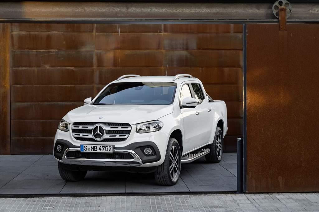 Stylish Mercedes Benz X Class Pickup Truck Revealed