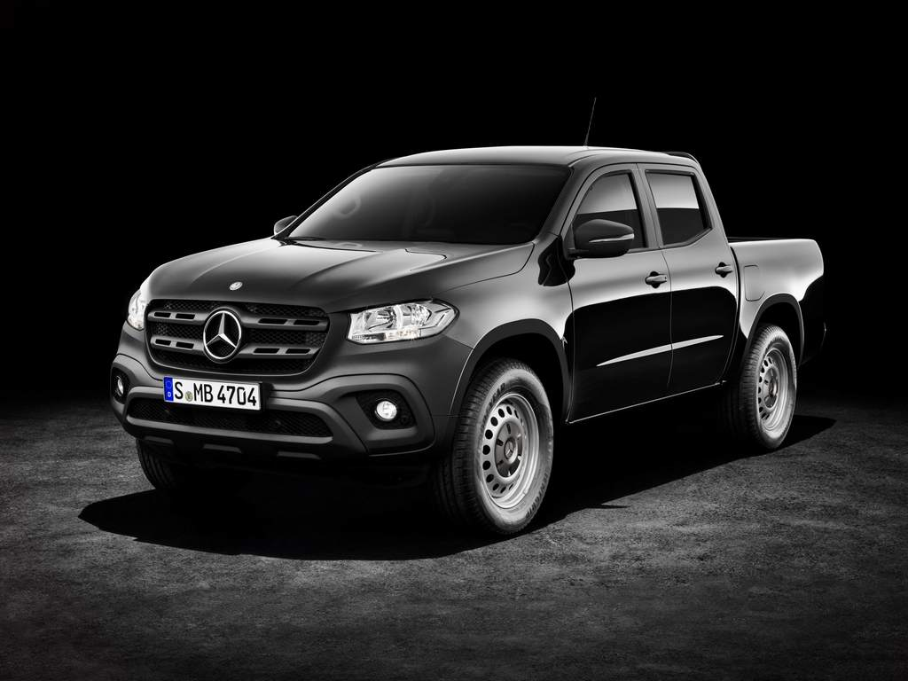stylish mercedes benz x class pickup truck revealed. Black Bedroom Furniture Sets. Home Design Ideas