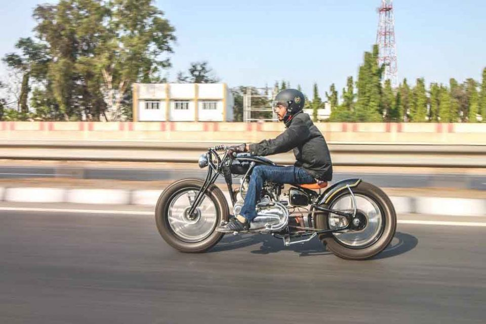 Royal-Enfield-Bobber-by-JD-Customs-24.jpg