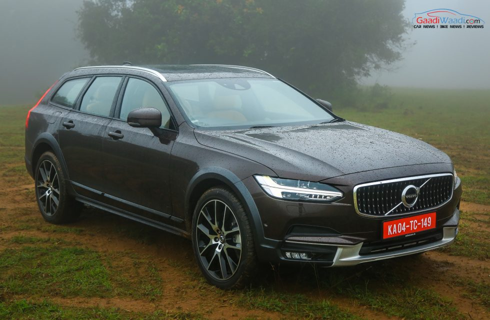 volvo v90 cross country launched in india price specs features review. Black Bedroom Furniture Sets. Home Design Ideas