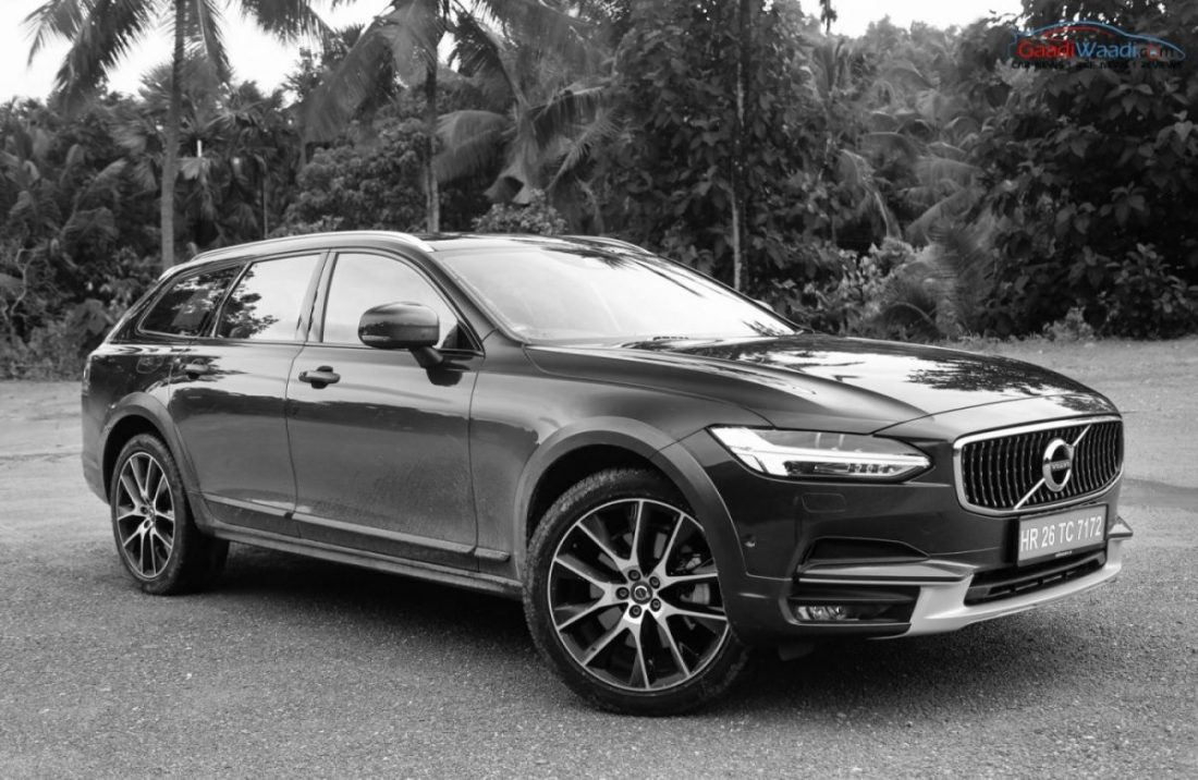the beautiful volvo v90 cross country in hd images. Black Bedroom Furniture Sets. Home Design Ideas