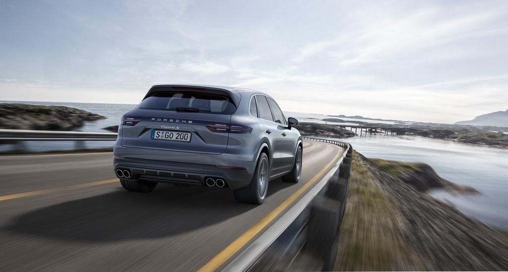 2018 Porsche Cayenne Revealed - Price, Engine, Specs, Features 4