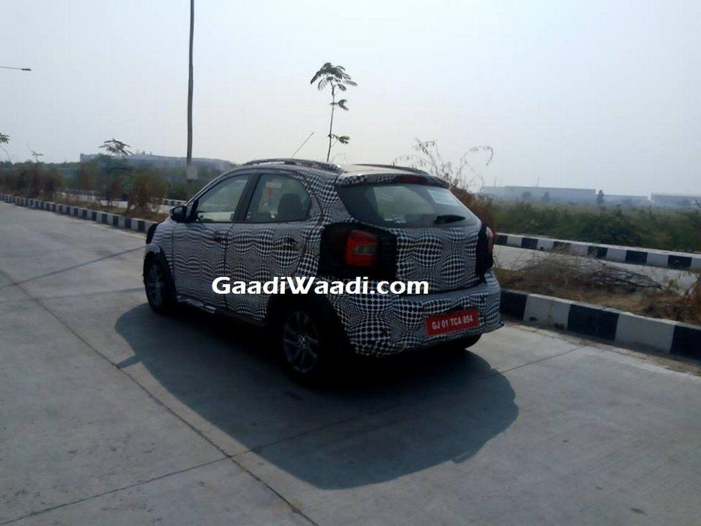 Ford Figo Cross and Ford Figo Facelift Spied 1