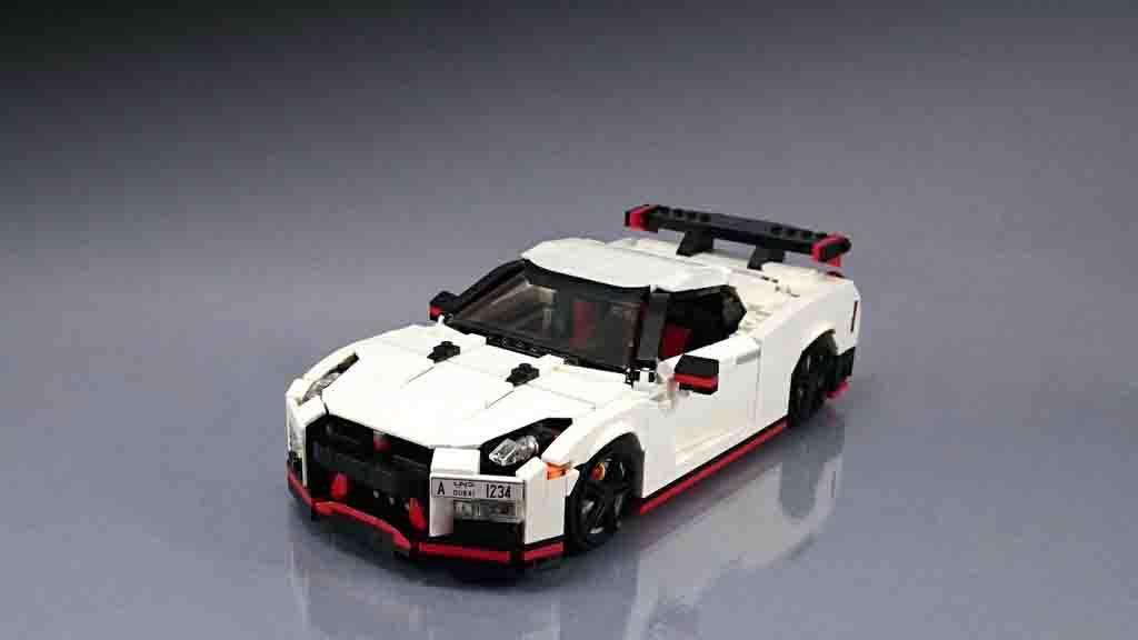 Nissan-GT-R-Nismo-Lego-6.jpg