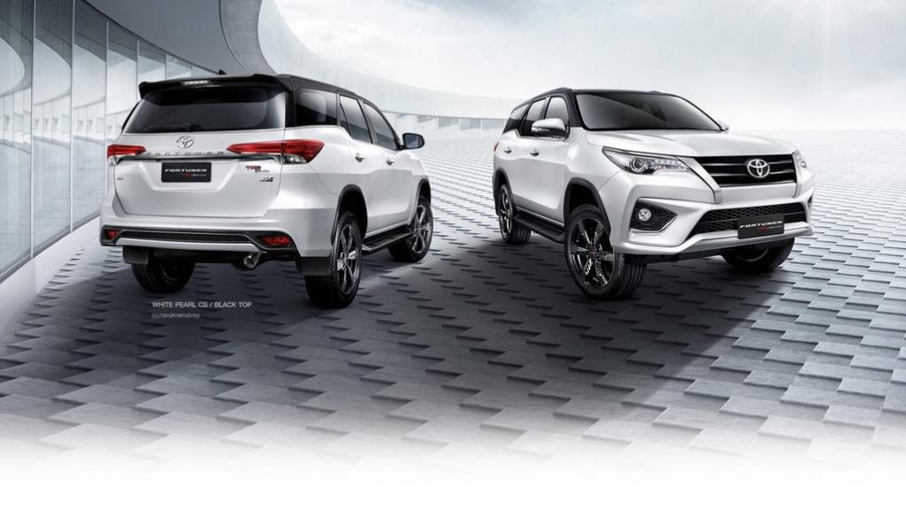 Toyota Fortuner TRD Sportivo 6