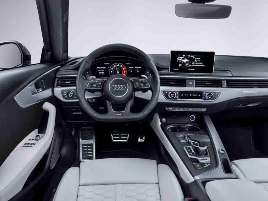 2018-Audi-RS4-Avant-14.jpg