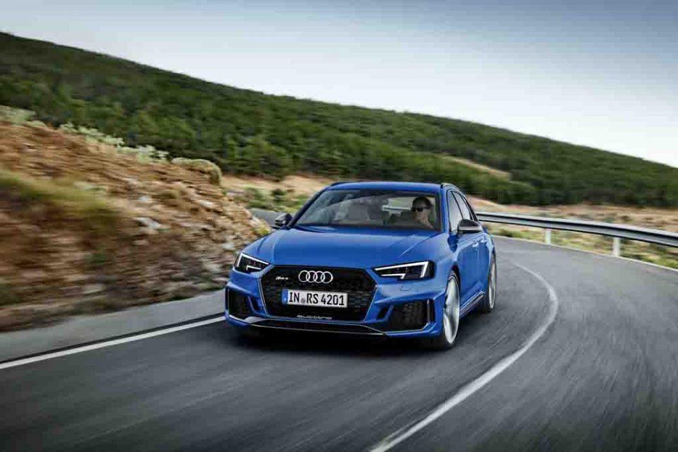 2018-Audi-RS4-Avant-8.jpg