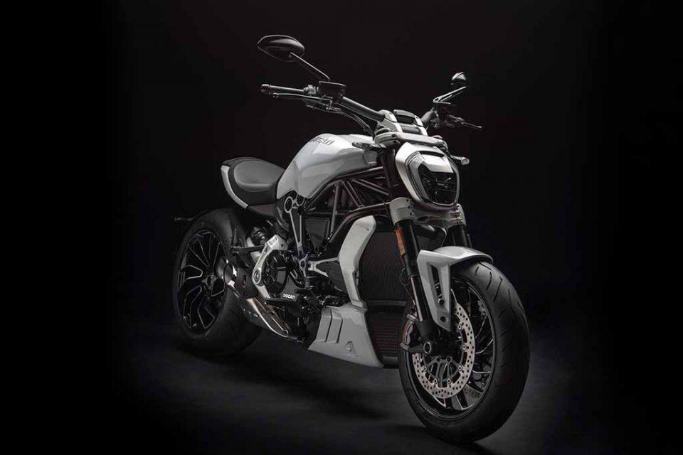 2018-Ducati-XDiavel-S-2.jpg