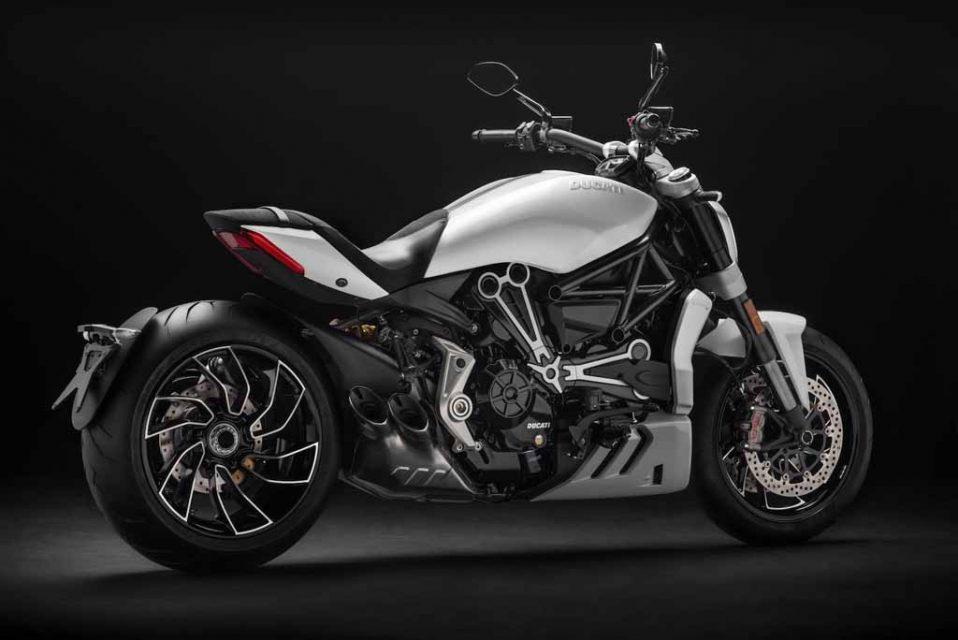 2018-Ducati-XDiavel-S-4.jpg