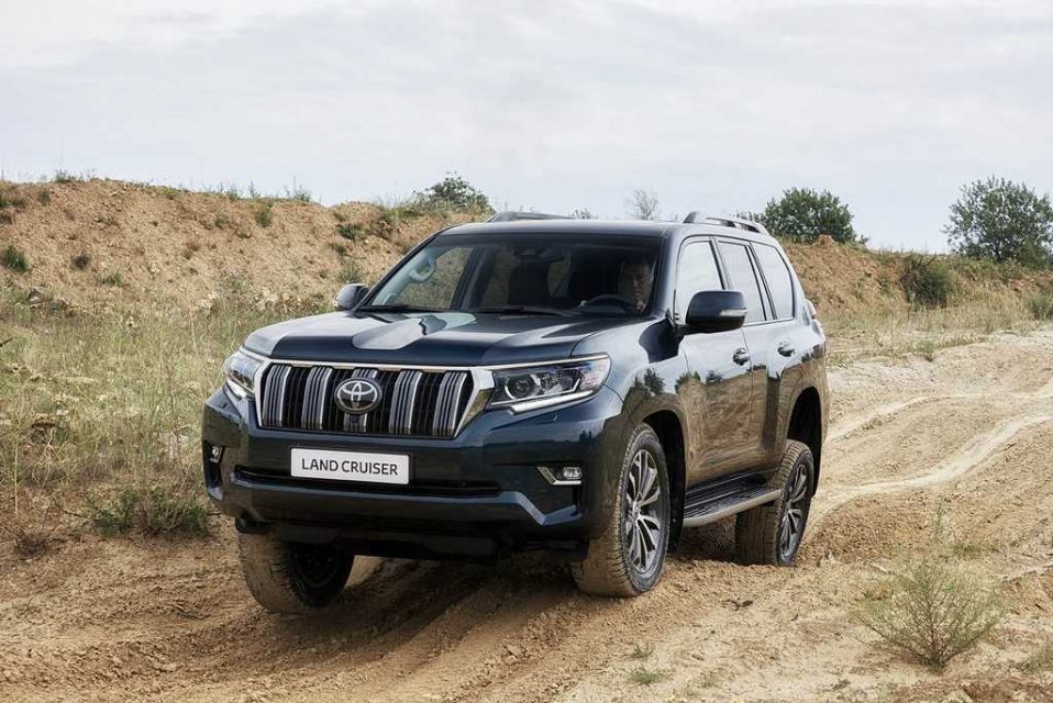 2018 Toyota Land Cruiser Prado India Launch, Price, Specs, Features, Engine, Interior 1