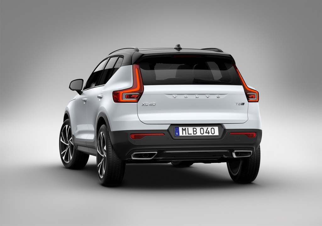 2018 Volvo XC40 India Revealed - Engine, Price, Specs, Features, Pics, Interior