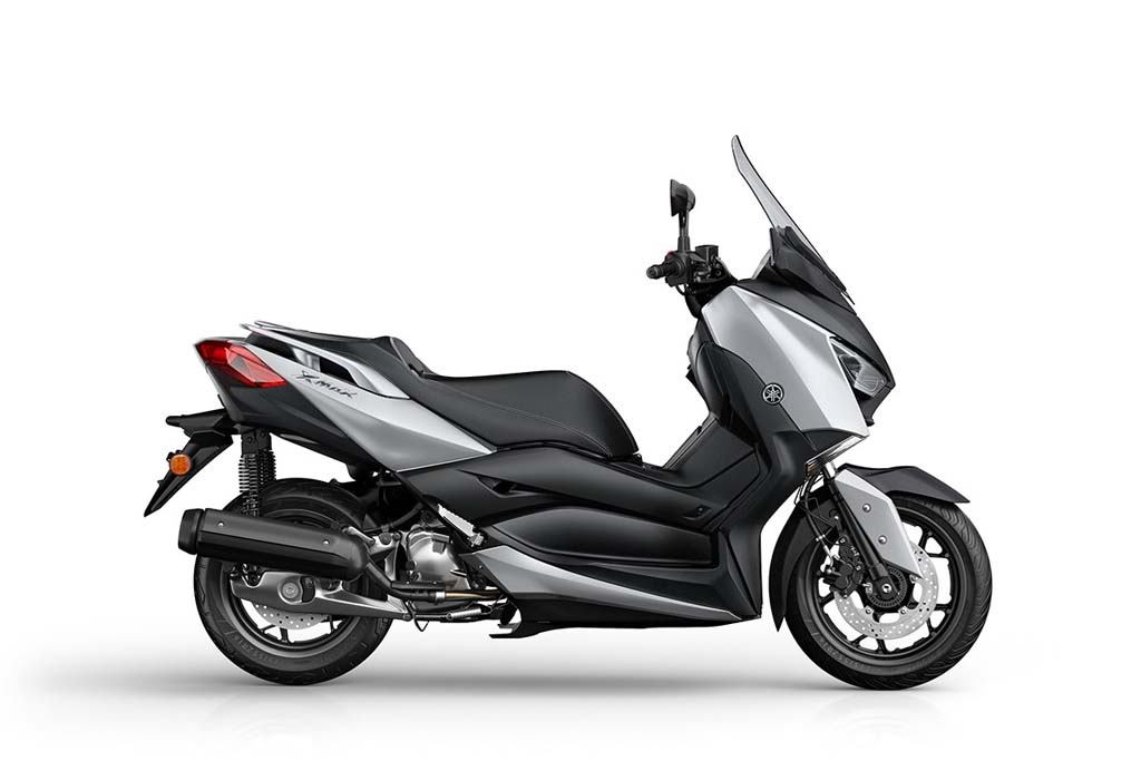 2018 yamaha x max 125 scooter unveiled in europe. Black Bedroom Furniture Sets. Home Design Ideas