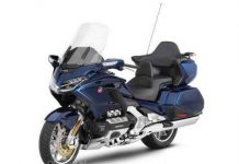 Goldwing-bagger-03.jpg