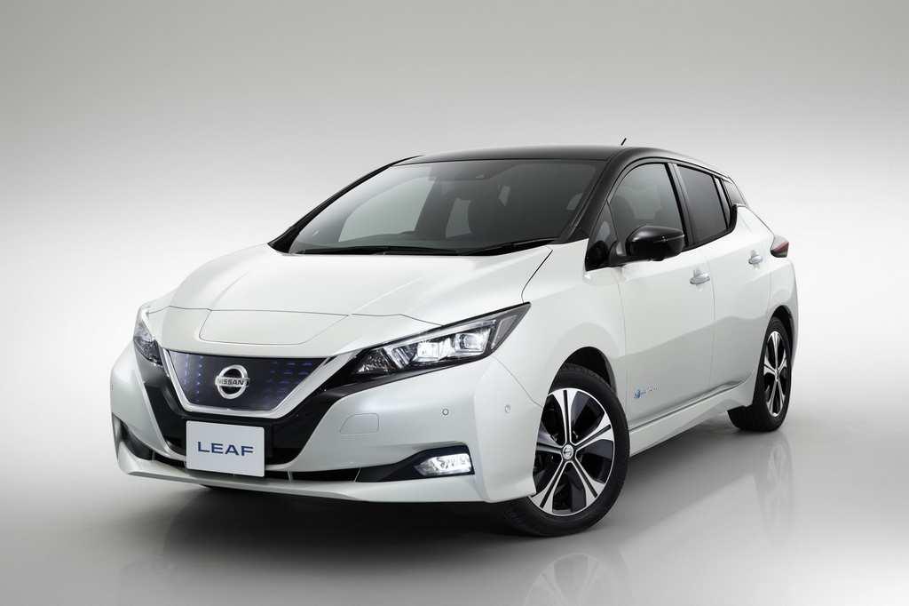 India-Bound Nissan Leaf Revealed 18