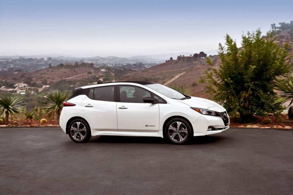 India-Bound Nissan Leaf Revealed 7