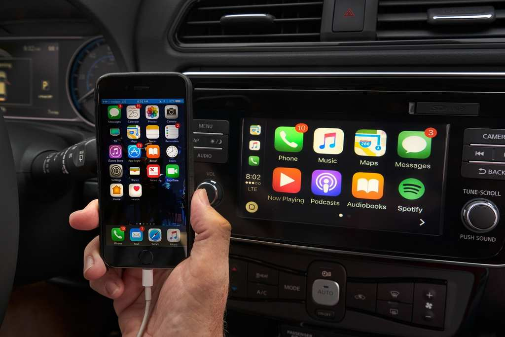 India-Bound Nissan Leaf Revealed Apple CarPlay