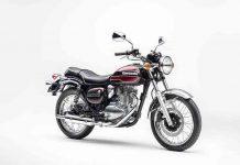 Kawasaki-Estrella-Final-Edition-studio-front-three-quarter.jpg