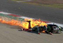 Tom-Sykes-Crash-WSBK-Portuguese-2017-Kawasaki-Ninja-ZX-10R-Terbakar.jpg