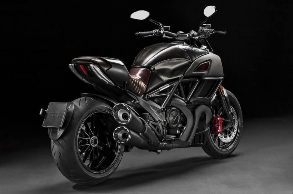 2017 Ducati Diavel Diesel Launched In India Price