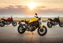 2018-Ducati-Monster-821-2.jpeg