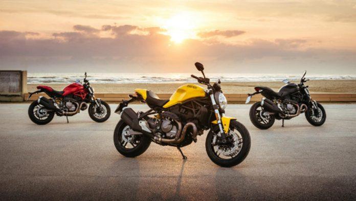 2018-Ducati-Monster-821-2.jpeg