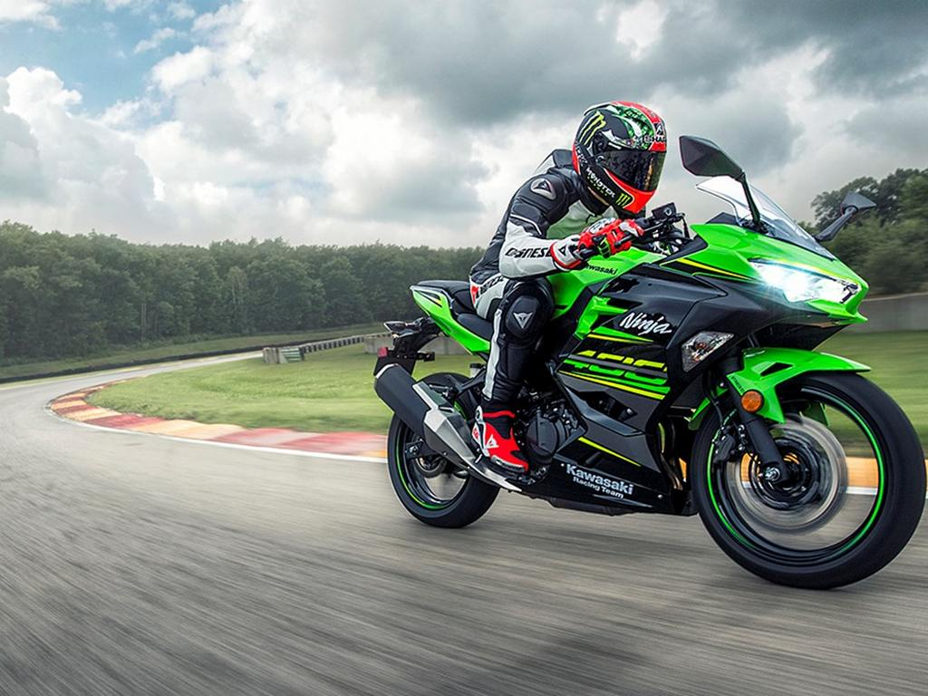 2018 kawasaki ninja 400 launched in india price specs features. Black Bedroom Furniture Sets. Home Design Ideas