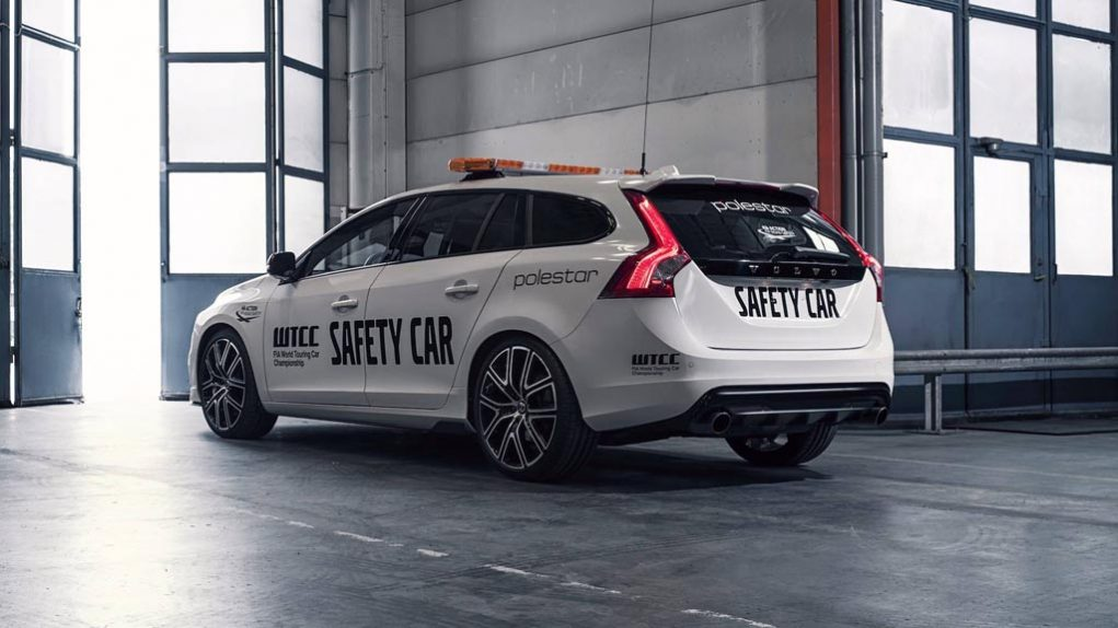 2018-Volvo-V60-Polestar-WTCC-Safety-Car-4.jpg