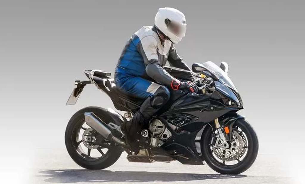 2018 bmw s1000rr could debut at eicma next month. Black Bedroom Furniture Sets. Home Design Ideas