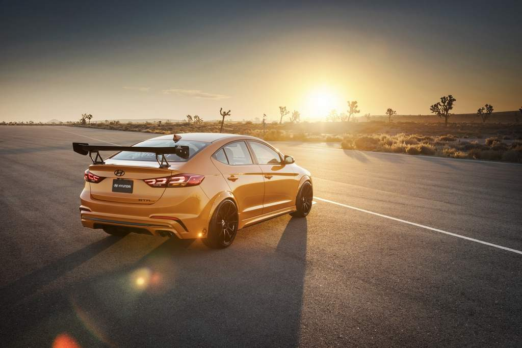 This Modified Hyundai Elantra Sport Steals The Show At ...