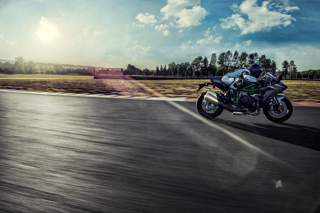 Kawasaki To Showcase Supercharged Bike At Milan Could Be Ninja H2gt
