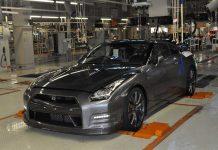 Nissan-GT-R-Production-2.jpg