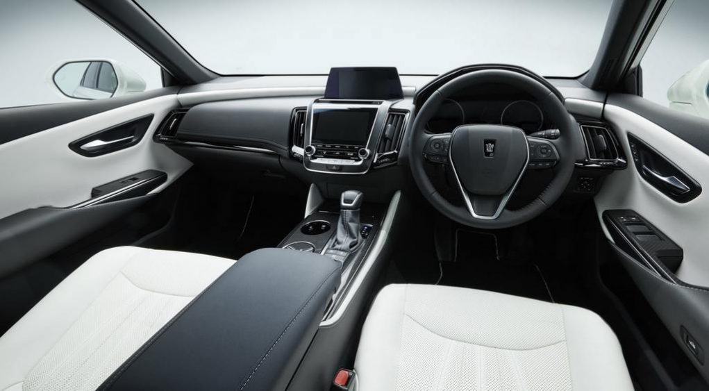 Toyota Crown Concept Interior