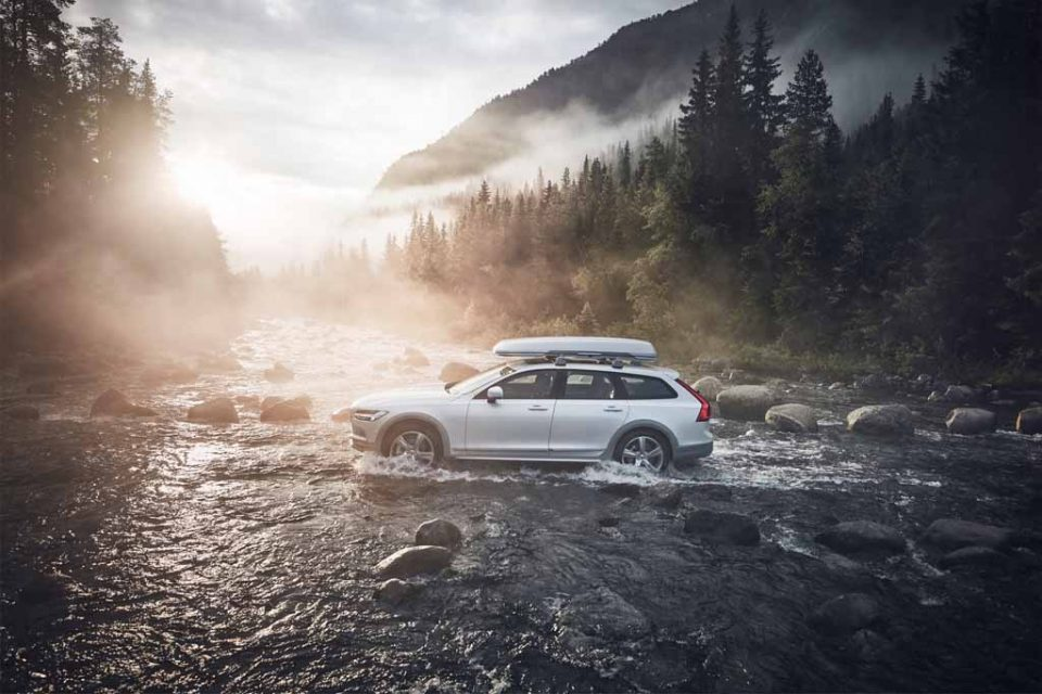 Volvo-V90-Cross-Country-Ocean-Race-3.jpg