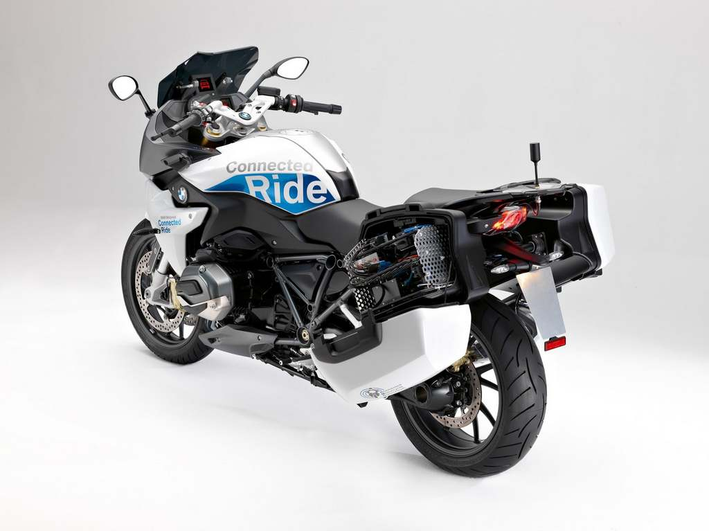 bmw r 1200 rs connectride prototype takes safety to a new. Black Bedroom Furniture Sets. Home Design Ideas