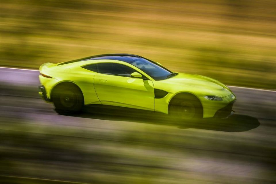 2018 Aston Martin Vantage Revealed - Price, Engine, Specs, Features, Interior, Top Speed 1