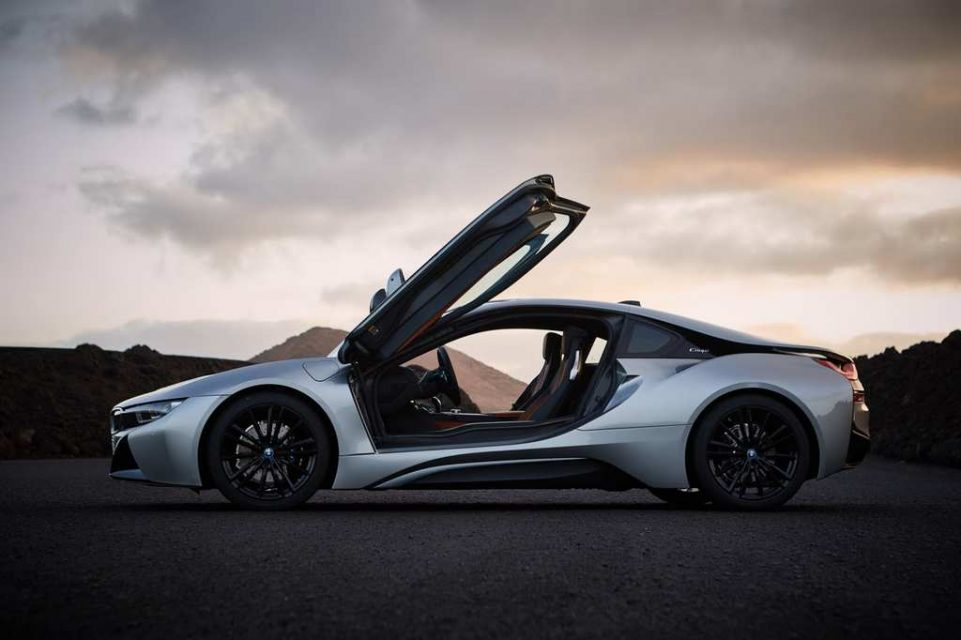 2018 BMW i8 Coupe Roof