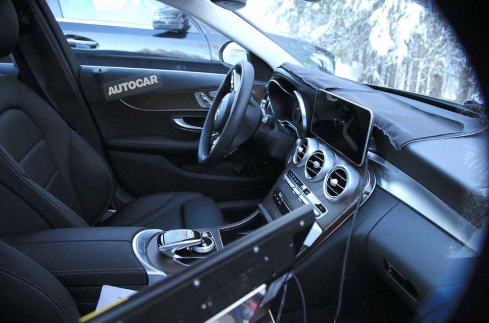 2018-Mercedes-C-Class-5.jpg