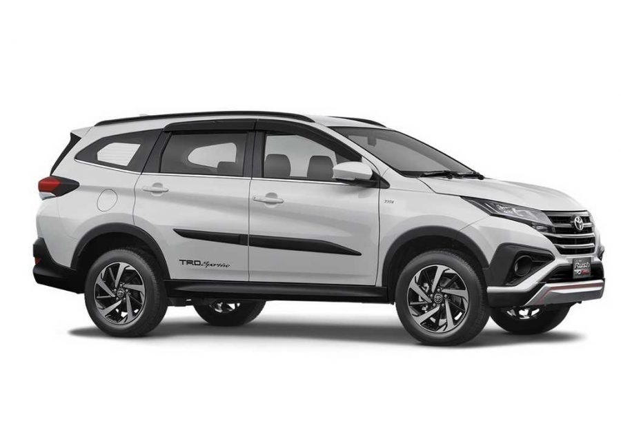 2018 Toyota Rush India Launch, Price, Engine, Specs, Features, Interior 2