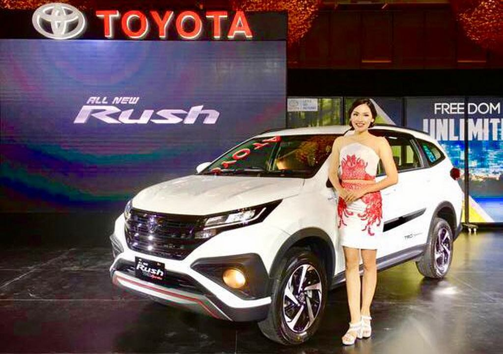 2018 Toyota Rush Unveiled - India Launch, Price, Engine, Specs, Features, Interior