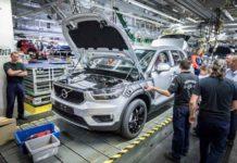 2018-Volvo-XC40-4.jpg