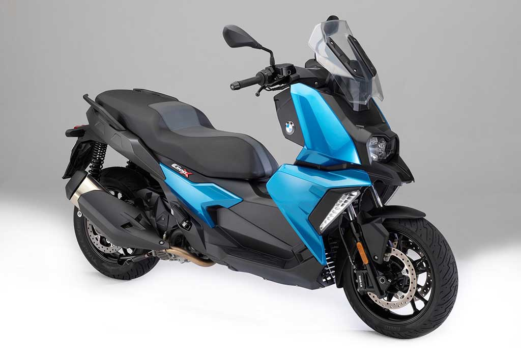 Bmw C400x Urban Maxi Scooter Is Loaded With Advanced Tech